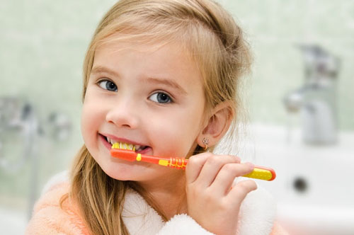 How Do You Teach a Child to Brush Their Teeth? (video)